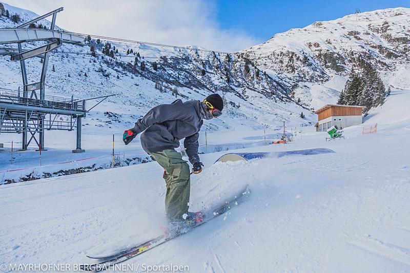 Landung beim 180° Sprung © Mayrhofner Bergbahnen / Sportalpen