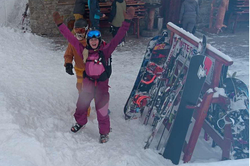 Larissa an der Talstation in Sölden