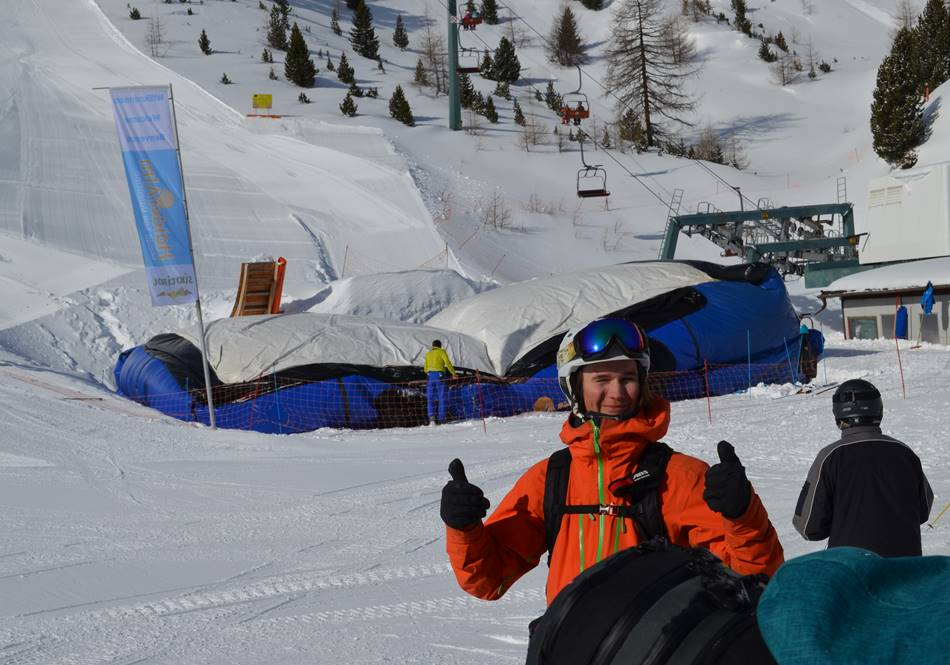 Das Big-Air-Jump-Kissen im Skigebiet Haideralm