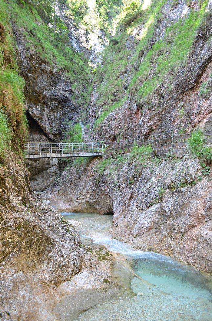 Brücke in der Almbachklamm