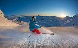Skilauf am frühen Morgen in der Zillertal Arena