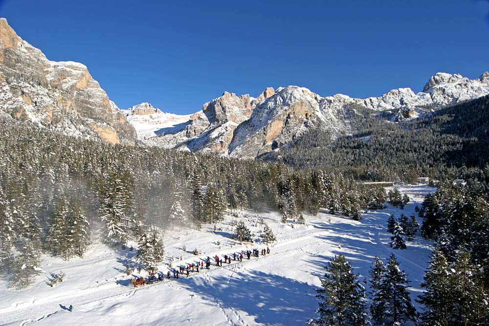 Gebirgsjäger-Skirunde in den Dolomiten © Freddy Planinschek