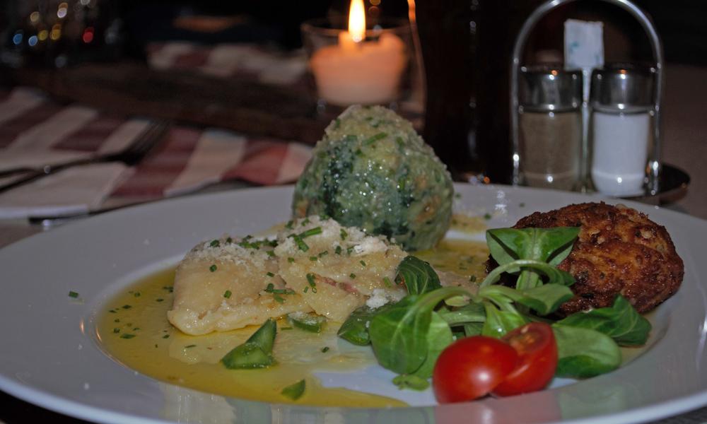 Essen auf der Sattalbergalm
