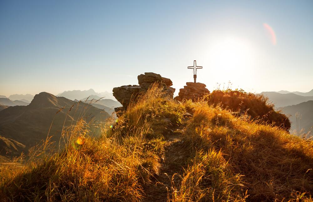 Gipfelkreuz im Glemmtal