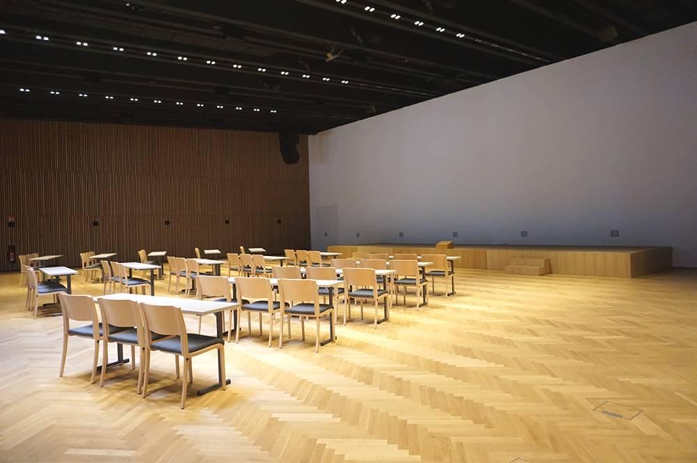 Größter Plenarsaal des Congress Centrums Alpbach