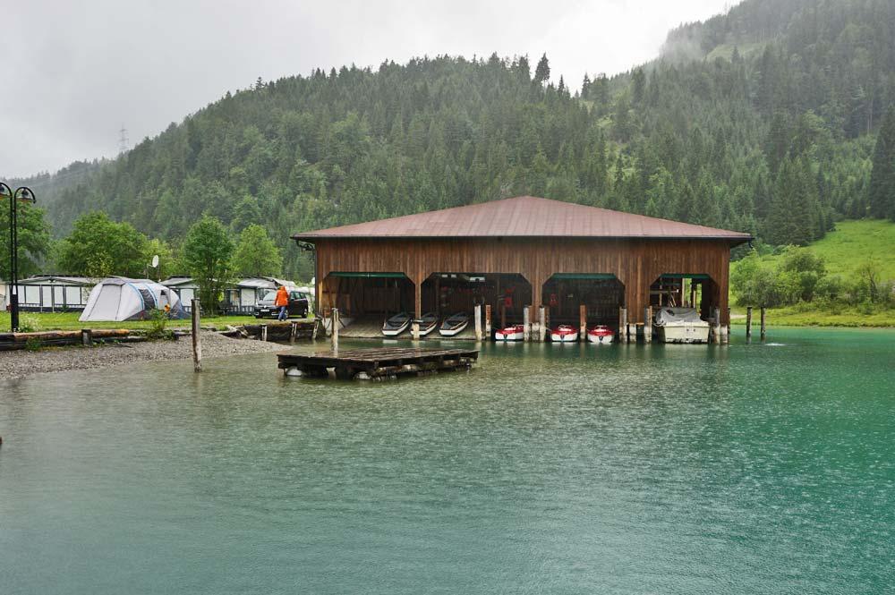 Blick auf die Anlegestelle Fischer am See