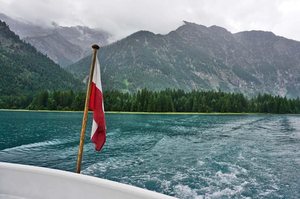 Schifffahrt auf dem Heiterwanger See mit Blick Richtung Hochjoch