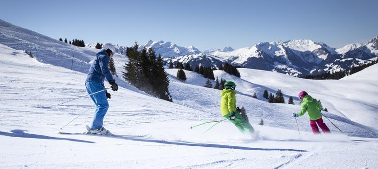 Skifahrer am Saanerslochgrat