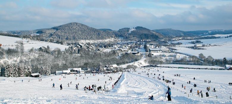 Blick ins Skigebiet Willingen