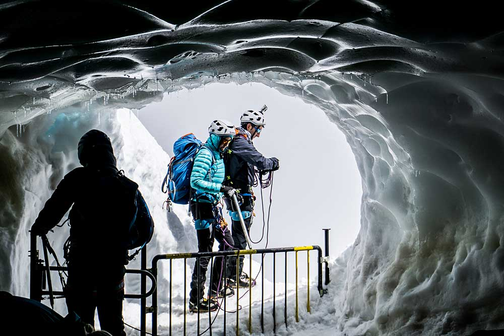 Höhlentrekking-Tour in den Alpen