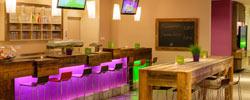 Bar im Explorer Hotel