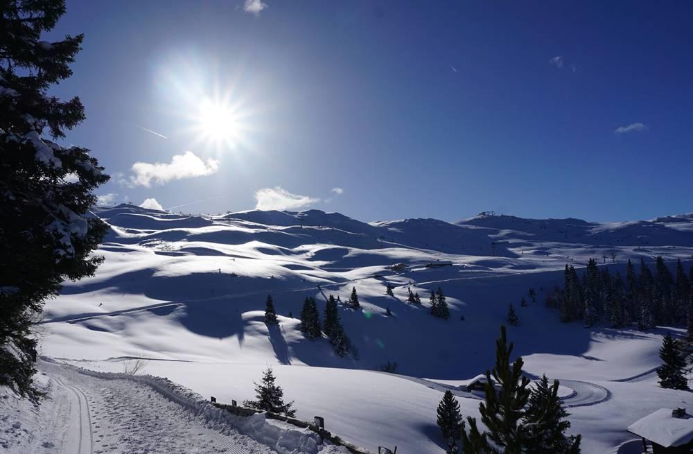 Blick über das Skigebiet Ratschings-Jaufen bei Kaiserwetter