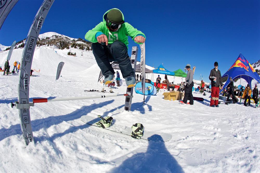 Snowboard-Trick in Mayrhofen