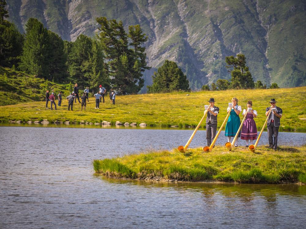 Alphörner auf der Cor des Alpes bei Nendaz