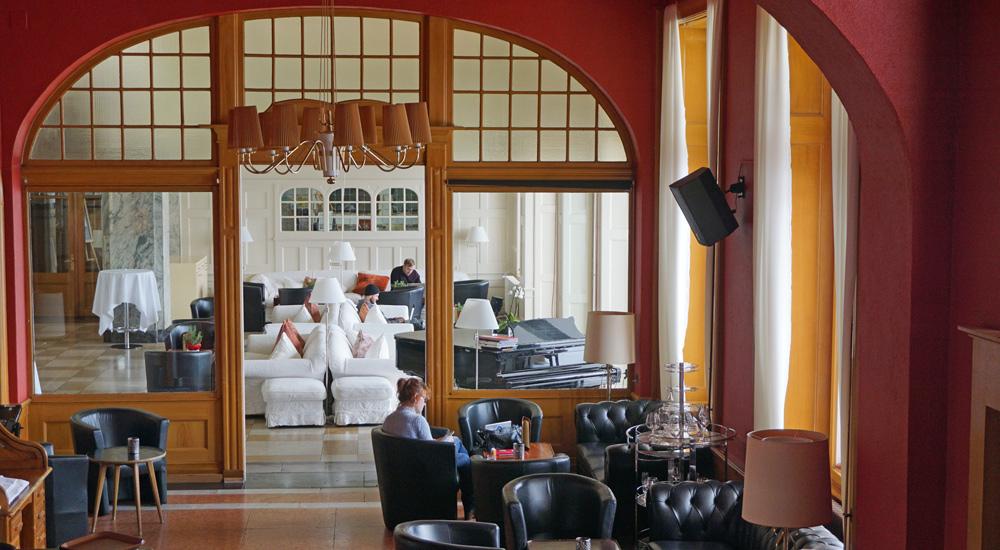 Bar und Lounge im Hotel Schatzalp