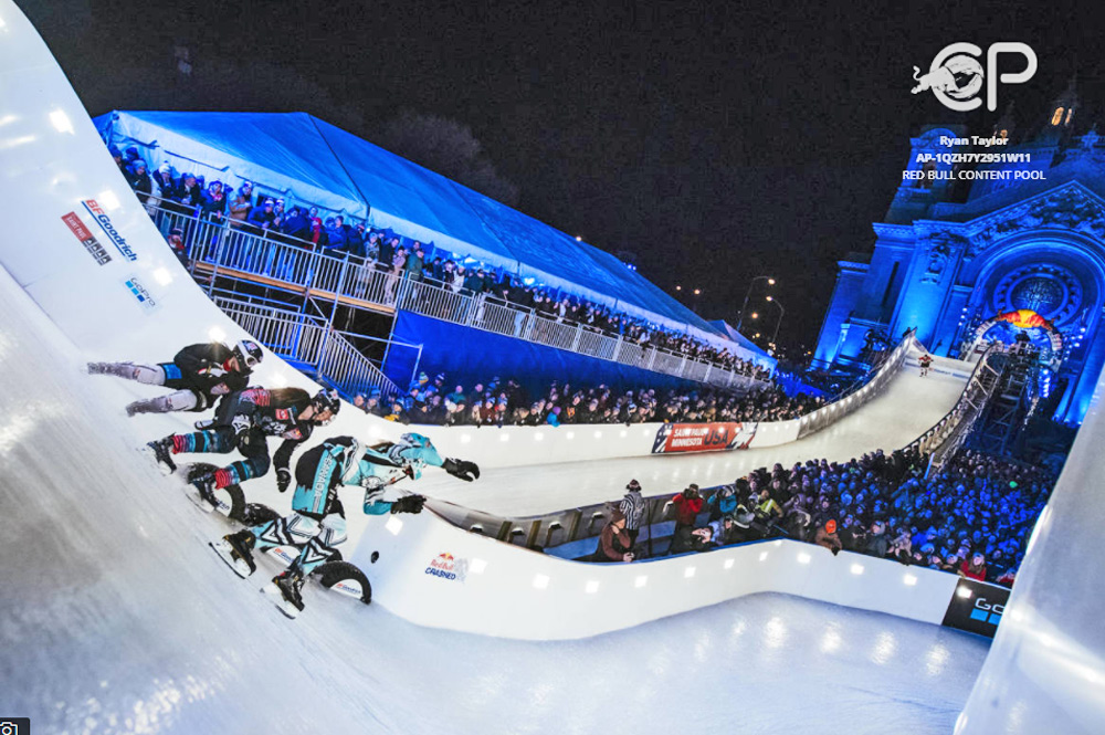 Red Bull Crashed Ice 2017 auf der Strecke in Saint Paul, Minnesota