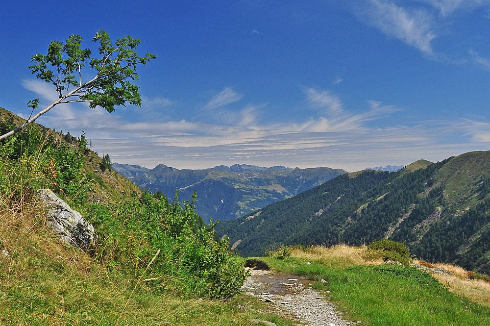 Wanderweg im Val Grande Nationalpark