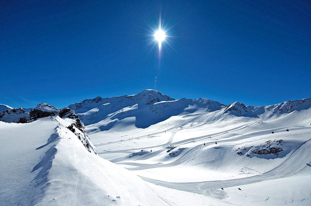 Panorama am Skigebiet Kaunertaler Gletscher