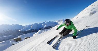 Skifahrer in Andermatt+Sedrun+Disentis