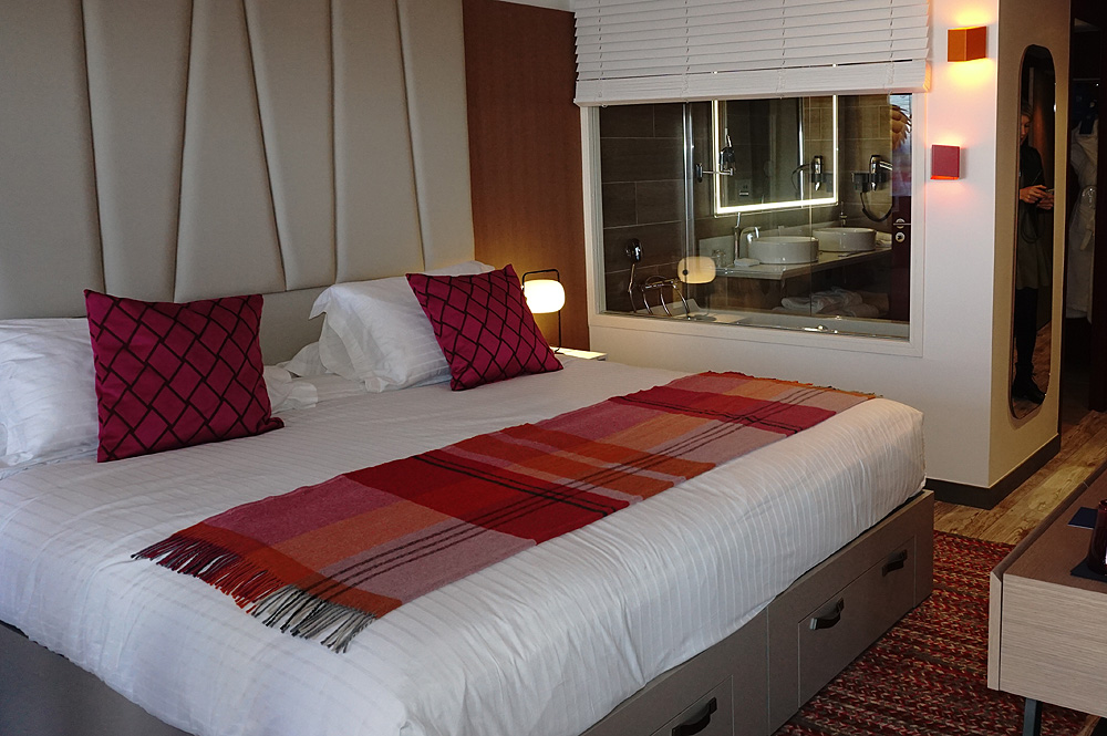Zimmer mit gehobener Ausstattung im Le Belvédère des Club Med Les Arcs Panorama Resort