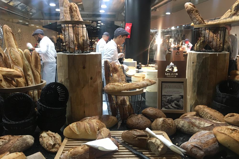 Große Speisen-Auswahl im Club Med Les Arcs Panorama