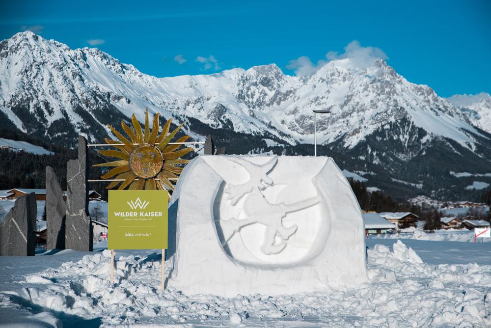 Schneeskulptur in Söll