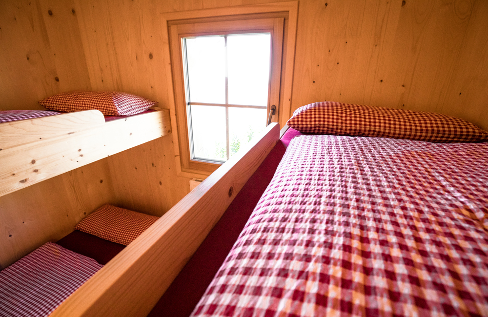 Stockbetten in der Alpenrosenhütte im Brixental