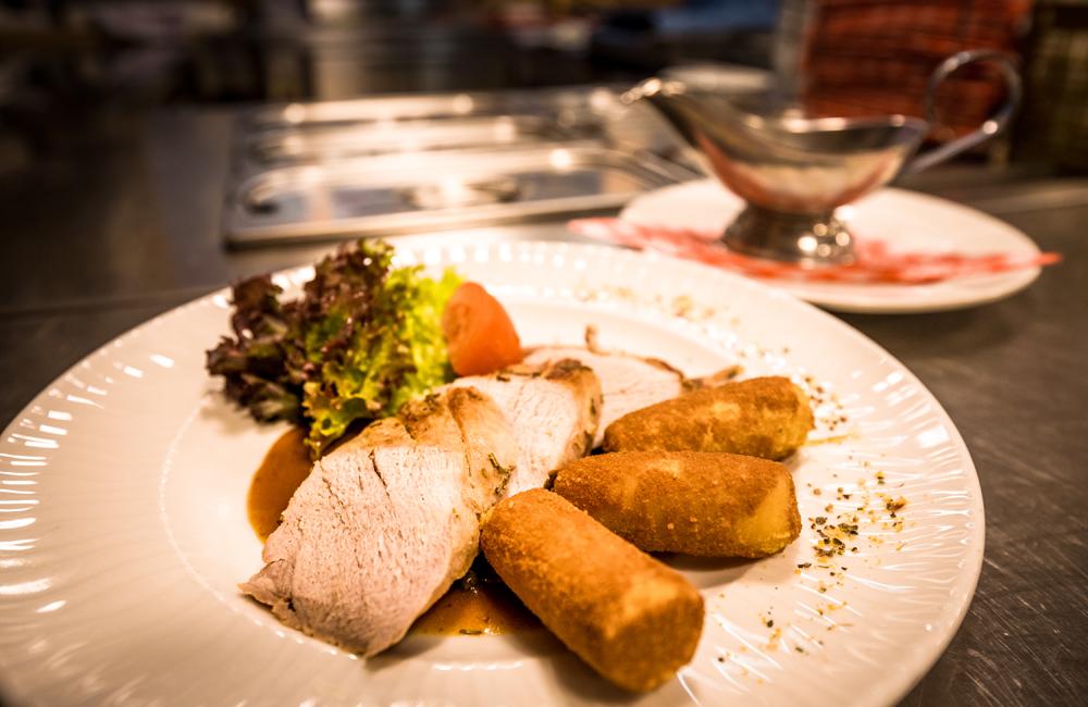 Essen auf der Alpenrosenhütte