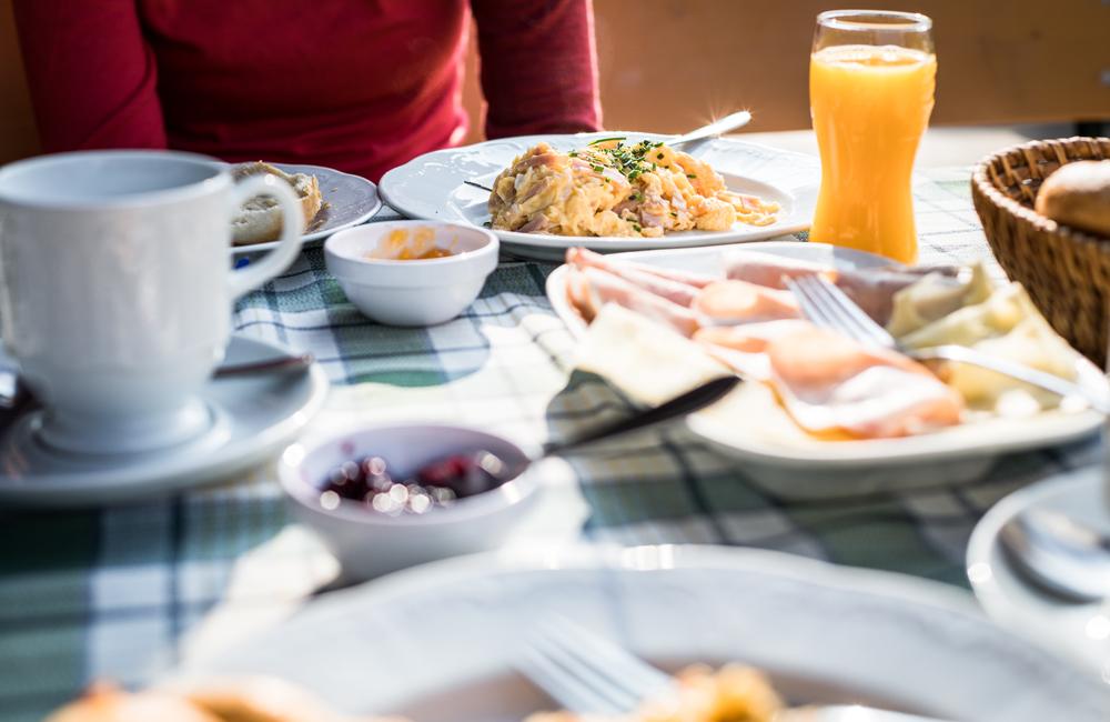Frühstück auf einer Hütte