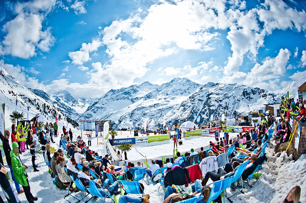 Finale der Snow Volleyball European Tour am Rendl Beach in St. Anton am Arlberg