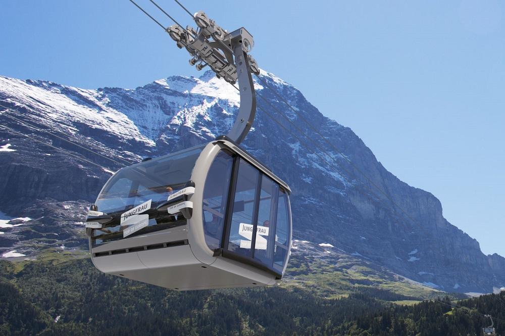 Visualisierte 3S-Gondel des Eigerexpress' vor der Eiger-Nordwand in der Jungfrau Region