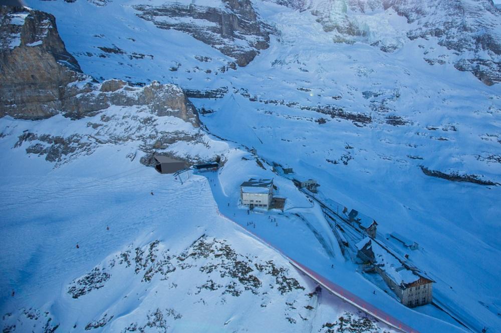Bergstation Eigerexpress und Bahnhof der Jungfraubahn auf dem Eigergletscher in der Jungfrau Region