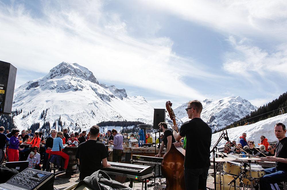 Band Boogie Boys beim Musikfestival Tanzcafé Arlberg in Lech Zürs