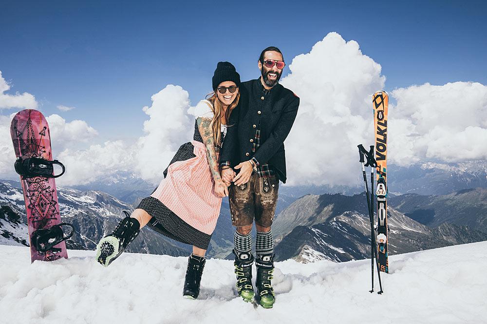 Paar bei der Lederhosen Wedel Woche in der Zillertal Arena