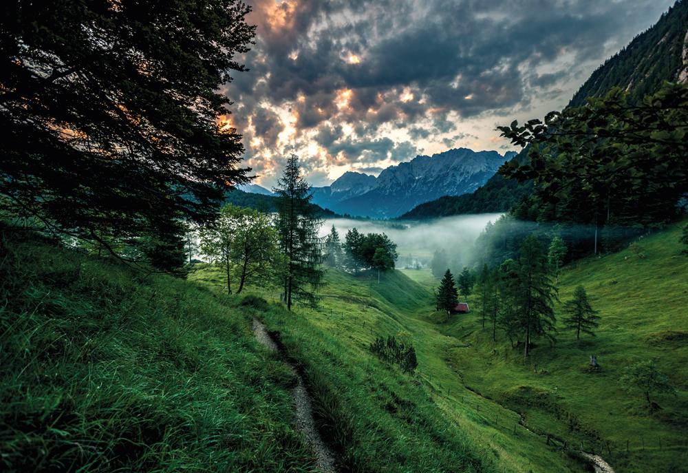 Spitzenwanderweg durch die Zugspitz Region