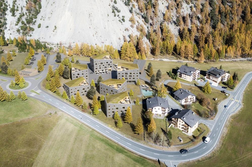 Visualisiertes Bergdorf La Sassa im Val Müstair mit der Talstation der neuen Gondelbahn