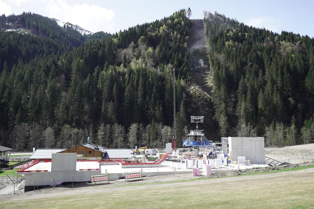 Blick auf die Baustelle des zellamseeXpress