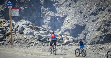 Mountainbiker in den Bergen von Nendaz