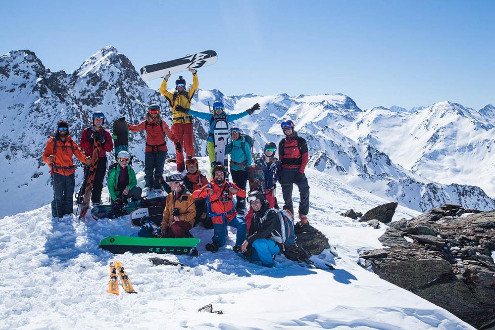 Teilnehmer beim Splitboard Camp am Kaunertaler Gletscher