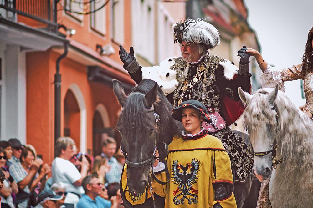 Kaiser Maximilian I. von Habsburg zieht in Füssen ein