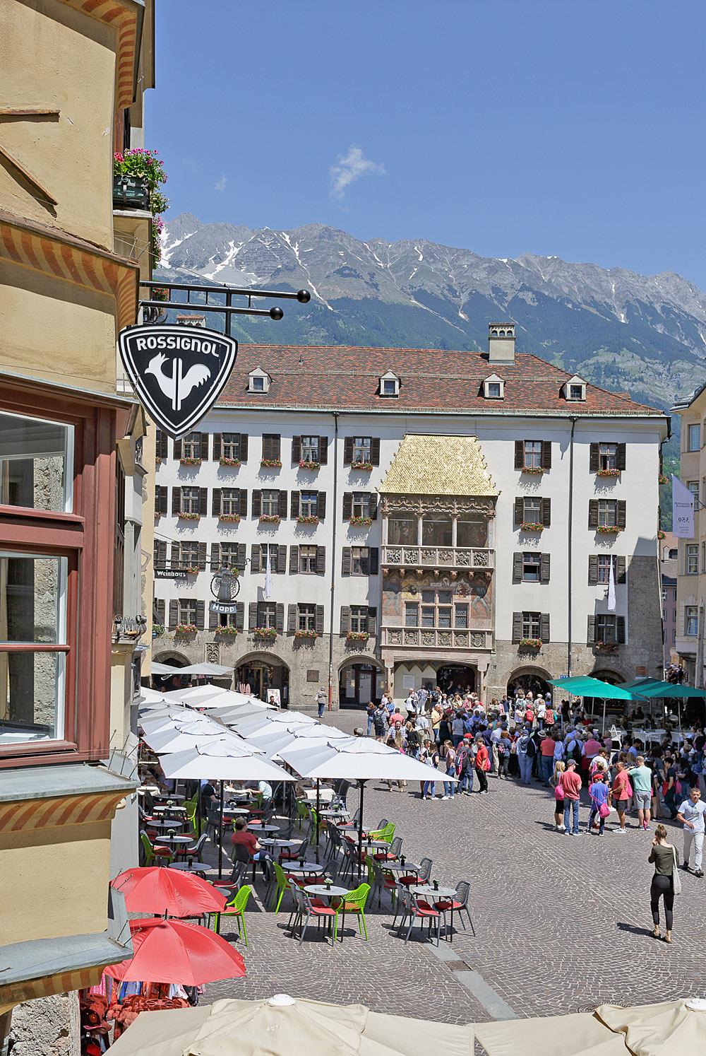 Die neue Rossignol-Boutique liegt ganz in der Nähe des Goldenen Dachls in Innsbruck