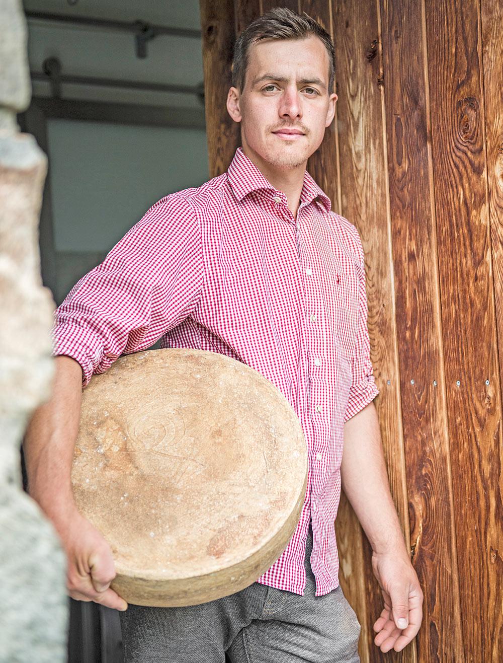 Käsesommelier Johannes von der Südtiroler Kreuzwiesenalm