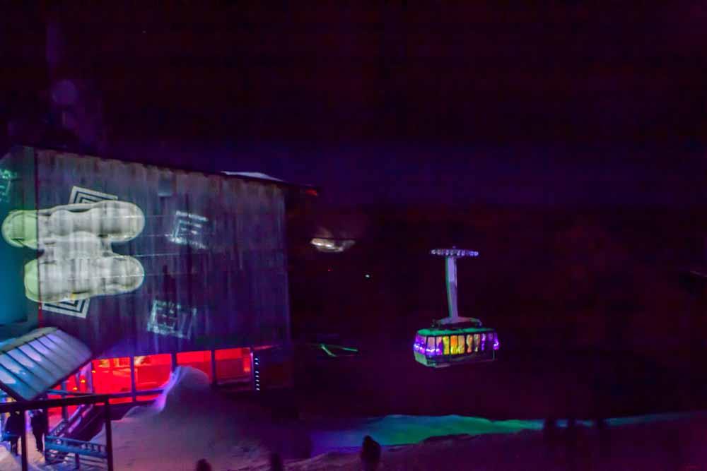 Lichtinszenierung bei Fantastic Gondolas in Lech Zürs