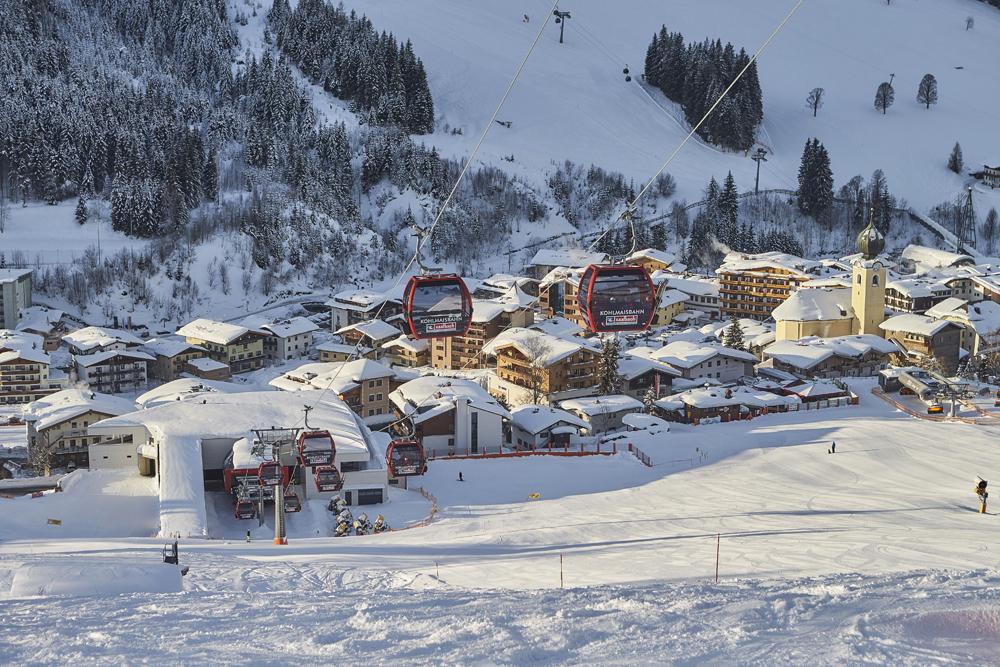 Blick auf das winterliche Saalbach