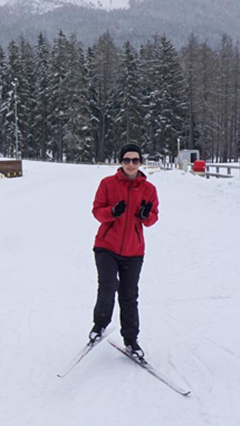 Online Redakteurin Anna Wölfling beim Langlauf in der Biathlon Arena Lenzerheide