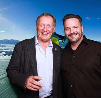 Senior Sales Manager Christopher Lahm-Wolter mit Franz Klammer