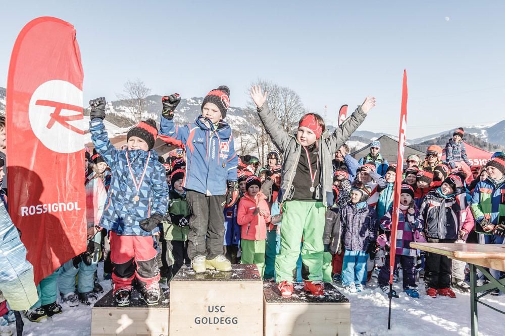 Kinder auf dem Podest beim Hero Kids Race