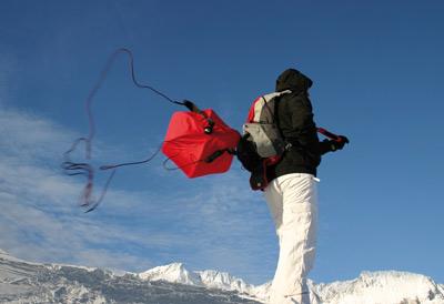 AvalancheBall System öffnet sich blitzschnell