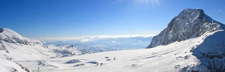 Blick auf das Skigebiet am Dachsteingletscher