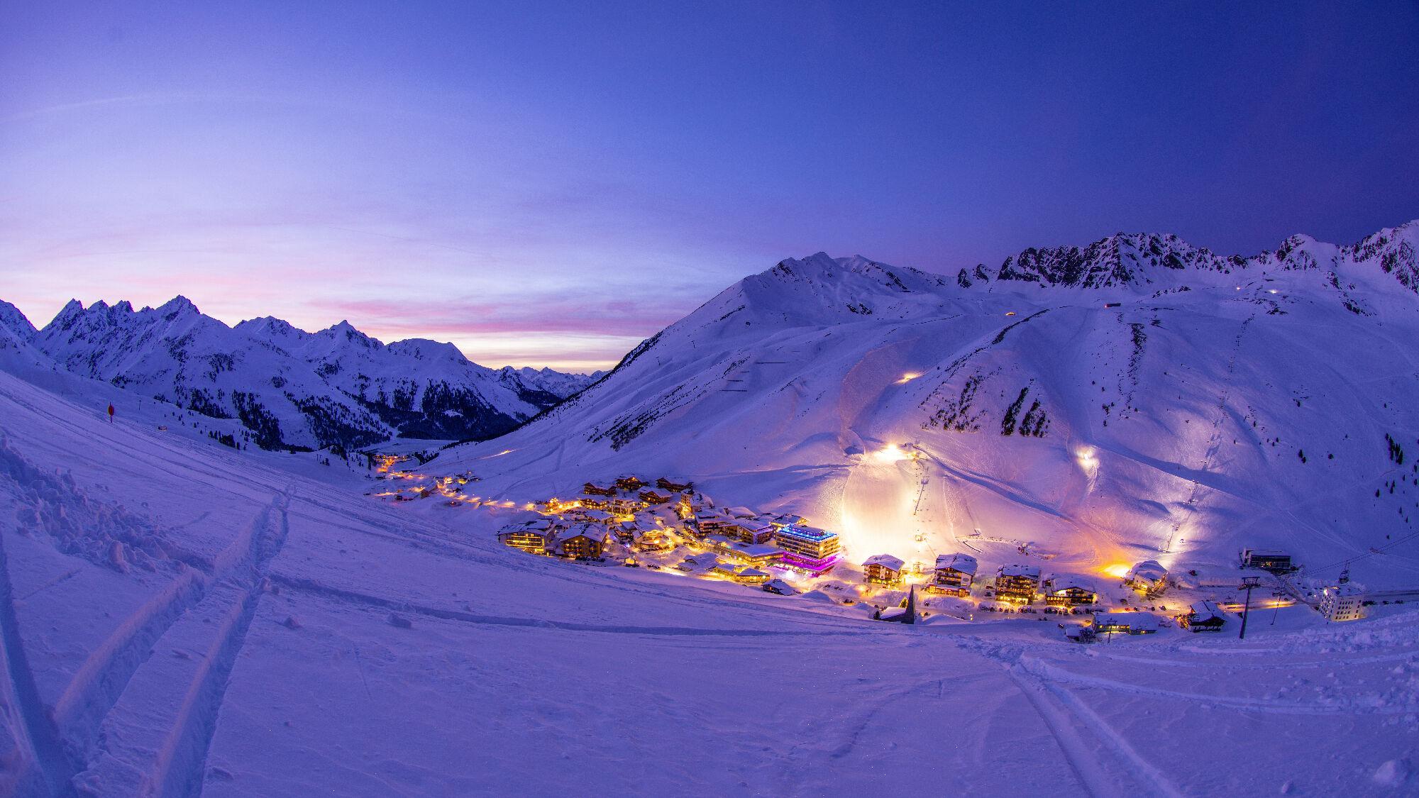 Das Ski Resort Kühtai – auf 2020 Metern Höhe ist der höchstgelegene Ski-Weltcup-Ort Österreichs und